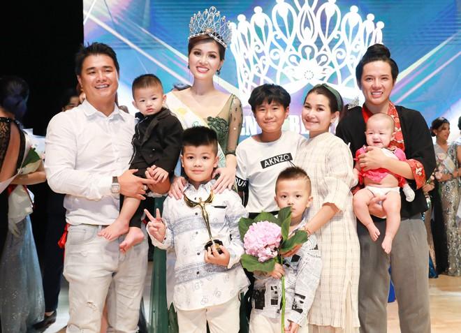 Hoa hậu Việt: 33 tuổi 5 lần sinh nở, hạnh phúc khoe được bạn trai tặng nhà hơn 100 tỷ - ảnh 1