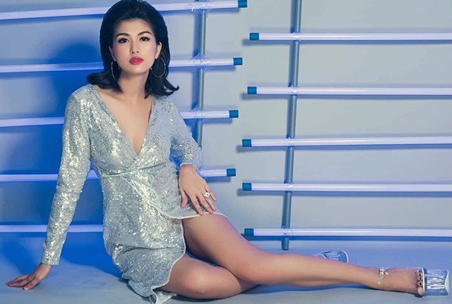 Hoa hậu Việt: 33 tuổi 5 lần sinh nở, hạnh phúc khoe được bạn trai tặng nhà hơn 100 tỷ - ảnh 11