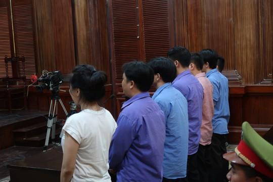 VKSND TP kháng nghị tăng hình phạt với 1 bị cáo vụ chém bác sĩ Chiêm Quốc Thái - Ảnh 1.