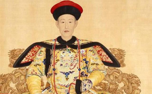 Câu chuyện nguồn gốc món ăn Tôm Long Tỉnh có liên quan tới chuyến vi hành Hàng Châu của vua Càn Long.