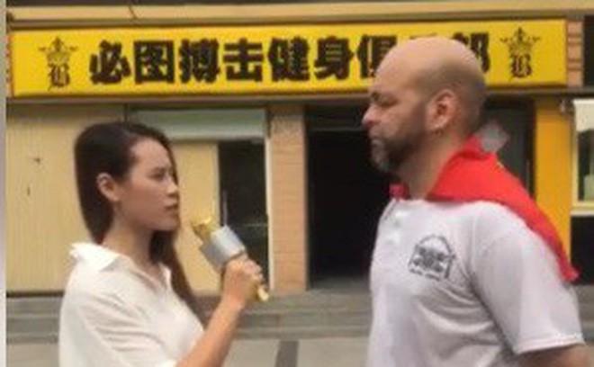 Hé lộ: Flores lấy cảm hứng từ… U23 Việt Nam trong lần sang Bắc Kinh thách đấu Từ Hiểu Đông - Ảnh 1.