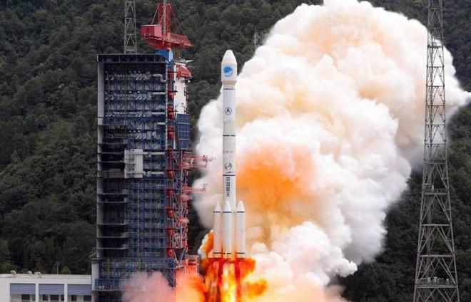 Trung Quốc tham vọng làm chủ không gian, đặt mục tiêu phóng thêm 100 vệ tinh trước năm 2025 - Ảnh 1.