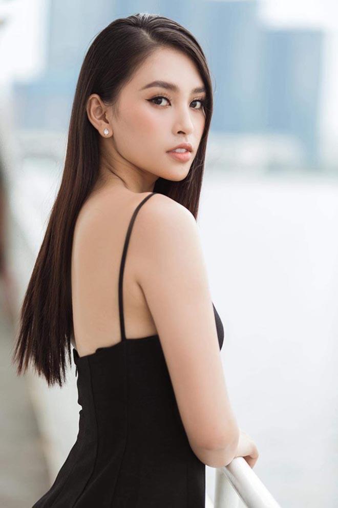 Tiểu Vy nghiện khoe lưng trần sexy sau 10 tháng đăng quang Hoa hậu Việt Nam - Ảnh 10.
