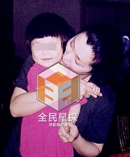 Càn Long Trương Thiết Lâm: Yêu hết mực con gái lai Tây xinh đẹp, mất 30 tỷ vẫn không thèm nhìn mặt con rơi - Ảnh 11.