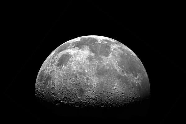 Vì sao con người vẫn muốn quay lại Mặt Trăng? Ước mơ viển vông hay cuộc chạy đua công nghệ mang tầm vũ trụ - Ảnh 4.
