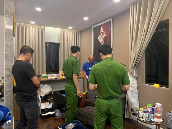 Ca sĩ Nhật Kim Anh trình báo bị trộm dùng xà beng cạy 2 két sắt lấy 5 tỷ đồng trong biệt thự ở Sài Gòn - Ảnh 7.