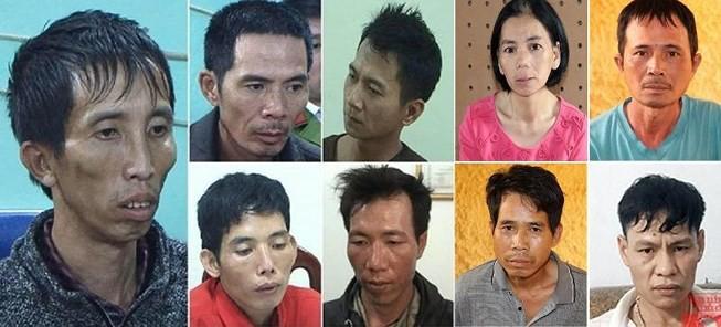 [NÓNG] Đang thực nghiệm điều tra vụ nữ sinh giao gà bị cưỡng hiếp tập thể rồi sát hại ở Điện Biên - Ảnh 6.