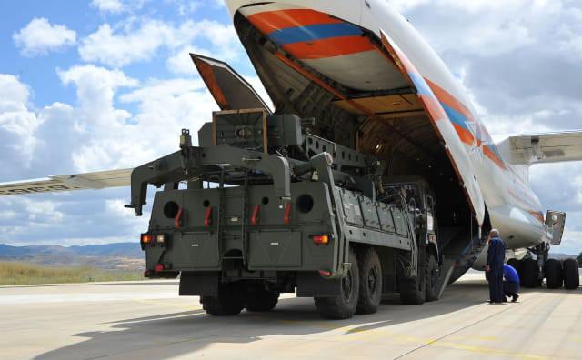 Đòn hiểm của TT Putin: Tung cú đánh trời giáng bằng tên lửa S-400 khiến NATO rung chuyển - Ảnh 3.