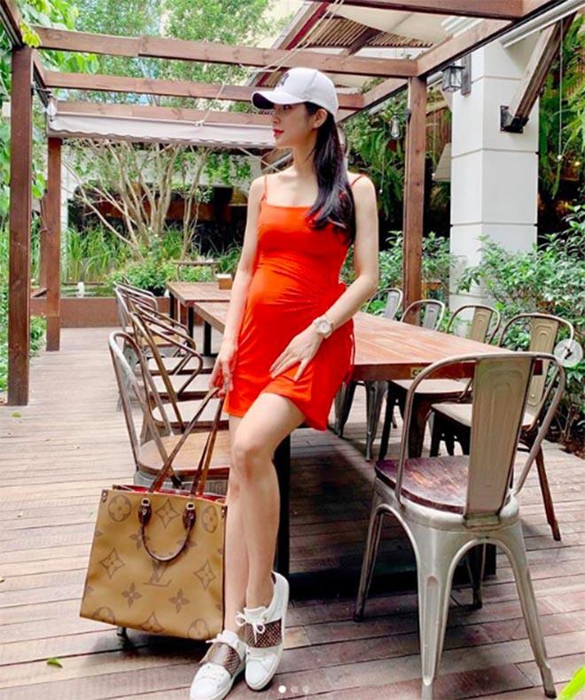 Diệp Lâm Anh mang bầu lần 2: Sống sang chảnh, nghiện chụp ảnh bikini nóng bỏng - Ảnh 7.