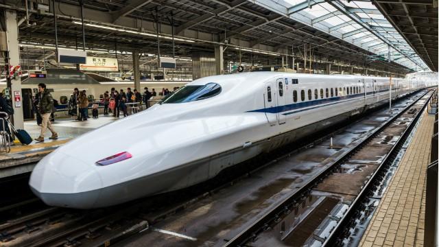 GS Nguyễn Minh Thuyết: Làm đường sắt cao tốc Bắc - Nam chi phí quá lớn, không hiệu quả! - Ảnh 1.