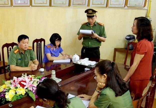 Bị trả hồ sơ điều tra lại, vụ gian lận thi cử ở Hà Giang còn gì mập mờ? - Ảnh 2.