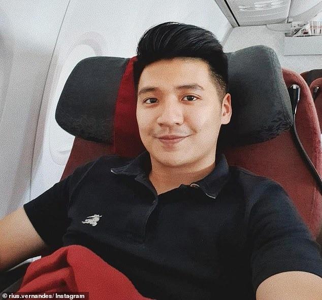 Đăng ảnh phàn nàn menu viết tay trên máy bay, cặp đôi blogger du lịch bị kiện và sắp sửa đối mặt mức án 4 năm tù giam - Ảnh 1.