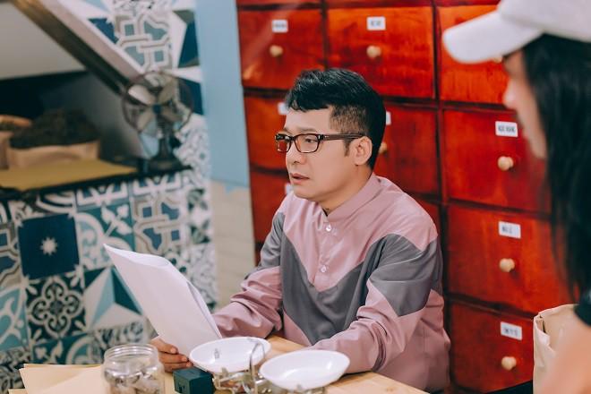 Danh hài Minh Nhí: Tôi sợ người ta nghĩ mình rẻ tiền - Ảnh 1.