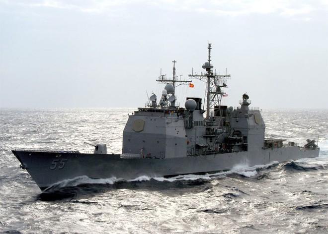Hải quân Mỹ tung lực lượng truy đuổi trực thăng và tàu chiến Iran - Siêu tàu đổ bộ Boxer bị trêu ngươi - Ảnh 14.