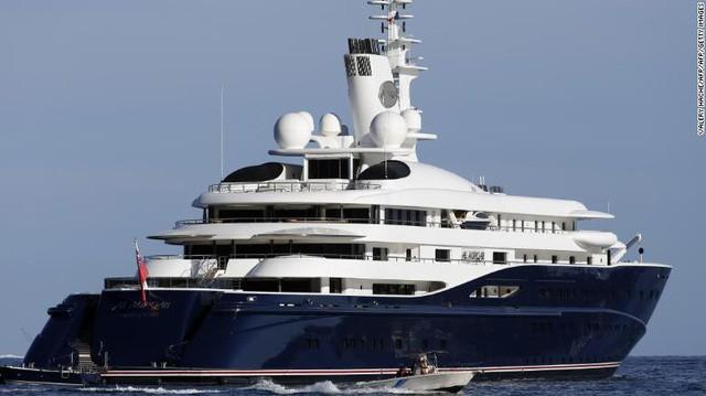 """""""Vén màn"""" công việc của các tiếp viên trên siêu du thuyền: Mức lương mơ ước 9.000 USD/tháng nhưng phải đáp ứng đủ yêu cầu khắt khe! - Ảnh 8."""