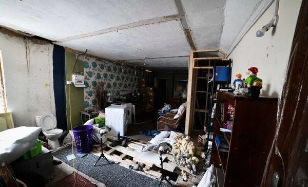 Ám ảnh ngôi nhà với loạt âm thanh lạ phát ra từ tầng hầm - Ảnh 1.
