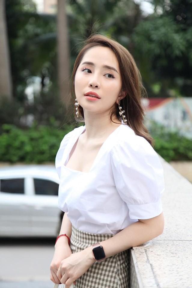 Từng bị đồn cặp kè Quỳnh Nga dẫn đến ly hôn, Việt Anh bất ngờ bênh vực cô khi phải chịu chỉ trích vì vai tiểu tam - Ảnh 1.