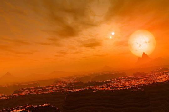 Phát hiện trái đất đá có cùng lúc 3 mặt trời - Ảnh 2.