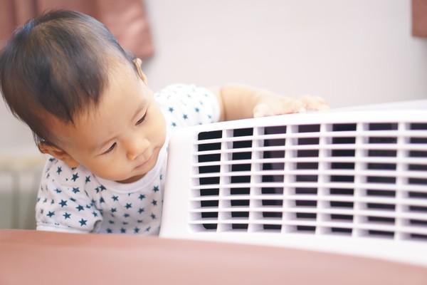 Từ vụ em bé bị méo miệng, bác sĩ nhi khoa cho ý kiến: Máy lạnh là dụng cụ bị oan nhiều nhất trong lịch sử khám bệnh của tôi - Ảnh 2.