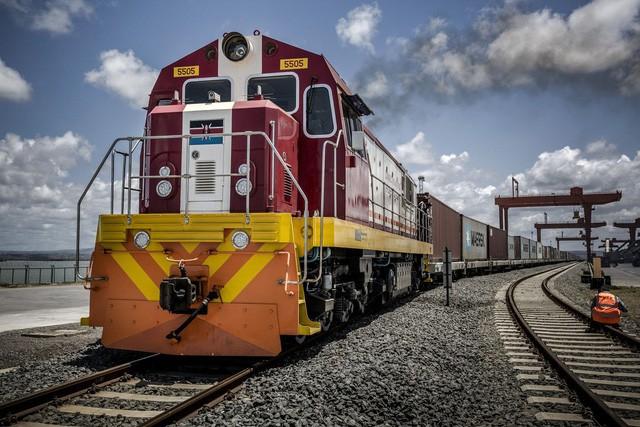 """Thảm cảnh đường sắt Trung Quốc xây ở Kenya: Lơ lửng giữa 'hư không"""" - ảnh 2"""