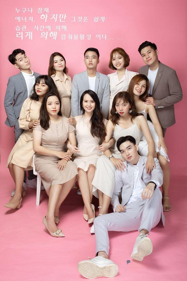 Bộ ảnh kỷ yếu Hàn Quốc xịn của nhóm bạn 11 người - Ảnh 2.