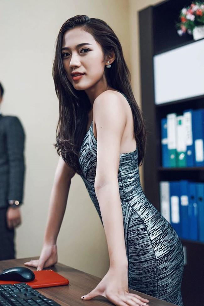 So kè 5 cô gái hội Tuesday màn ảnh Việt: Nóng bỏng từ phim đến đời thực, có người còn bị chê phản cảm vì khoe thân quá đà! - Ảnh 15.