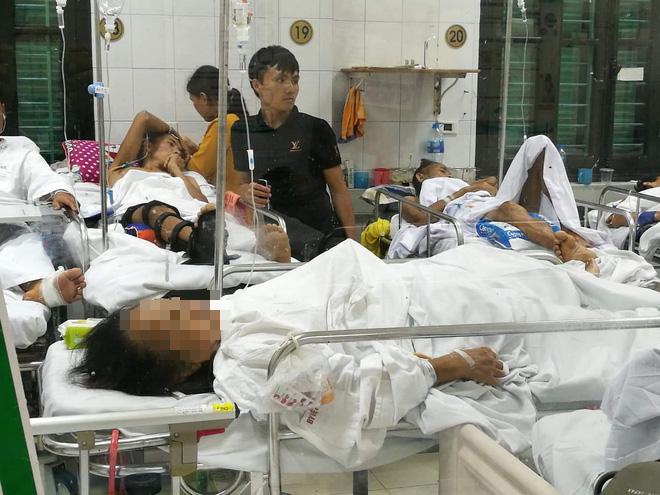 Cụ bà 77 tuổi kể lại giây phút bị con chó Malinois lao vào cắn xé ở Hà Nội - Ảnh 2.