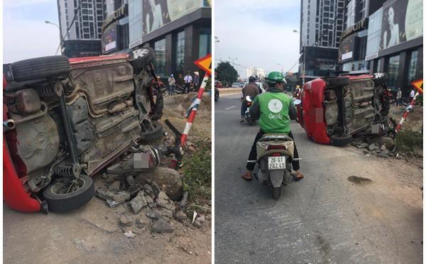 """Sau khi húc xe máy nằm bẹp dưới đường, tài xế ô tô đã """"bỏ của chạy lấy người""""?"""