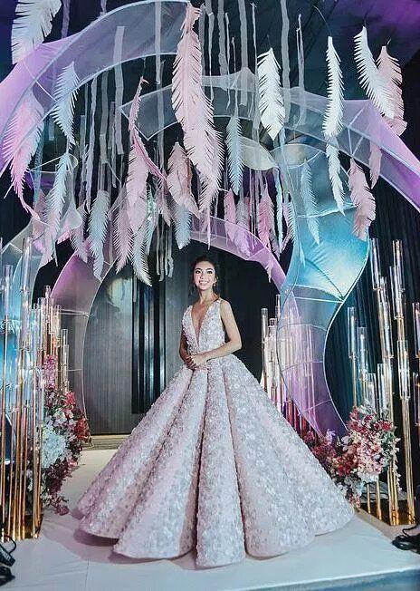 Choáng với tiệc sinh nhật xa xỉ gần 700 triệu của ái nữ nhà giàu, khách mời còn được tặng túi Louis Vuitton - Ảnh 2.