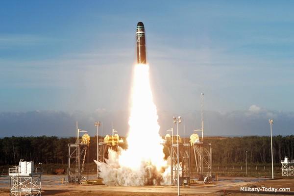 Điểm danh những tên lửa mạnh nhất thế giới - Ảnh 5.