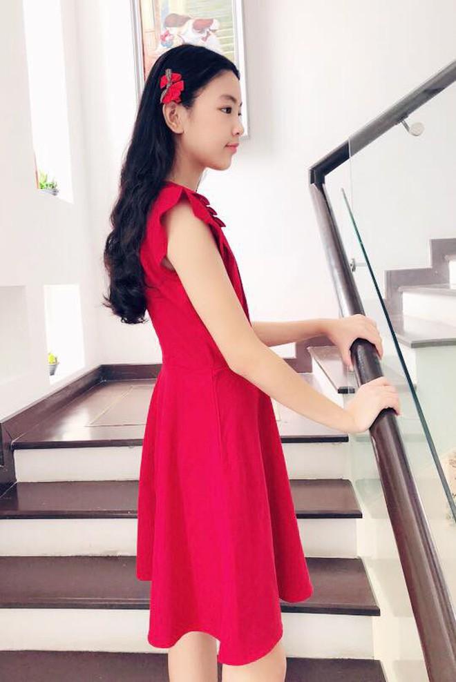 Gia đình Quyền Linh khoe ảnh đi du lịch nhưng con gái lớn Lọ Lem mới là nhân vật gây chú ý với ngoại hình xinh như hot girl - Ảnh 10.