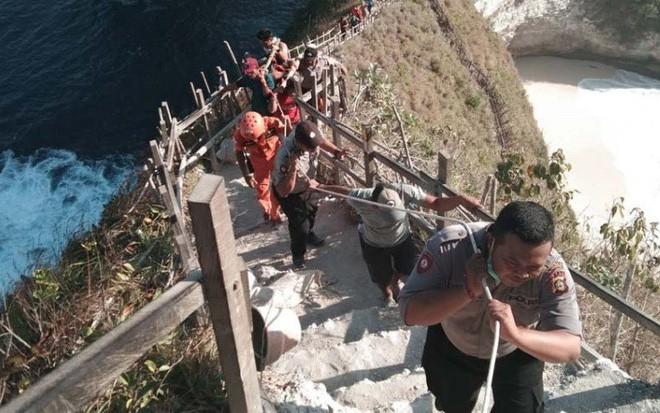 Du khách Việt bị sóng cuốn tử nạn trên bãi biển nổi tiếng của Bali - Ảnh 1.