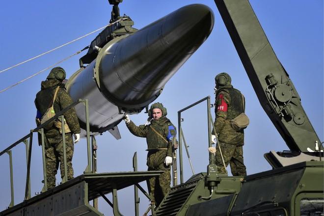 Bài học S-400: Bán vũ khí không lợi nhuận, nước cờ phá ảnh hưởng Mỹ trên toàn cầu của ông Putin - Ảnh 2.