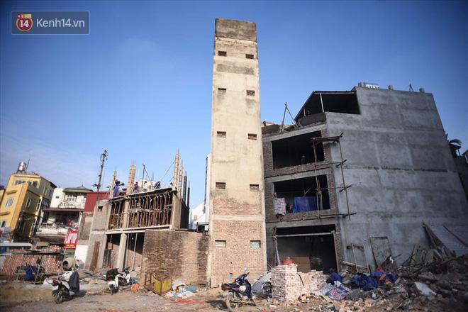 Chùm ảnh: Cận cảnh những căn nhà hình dáng siêu dị ở Hà Nội - Ảnh 4.
