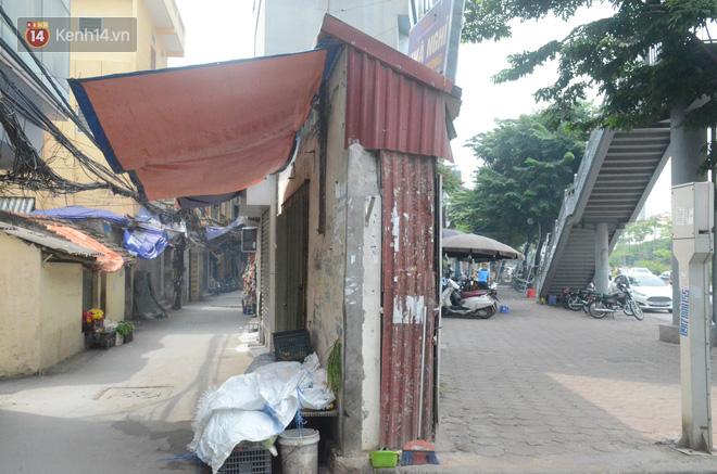 Chùm ảnh: Cận cảnh những căn nhà hình dáng siêu dị ở Hà Nội - Ảnh 6.