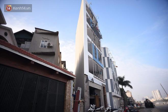 Chùm ảnh: Cận cảnh những căn nhà hình dáng siêu dị ở Hà Nội - Ảnh 8.