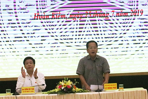 Chủ tịch HN Nguyễn Đức Chung vắng mặt tại buổi tiếp xúc cử tri do vướng lịch họp đột xuất - Ảnh 1.