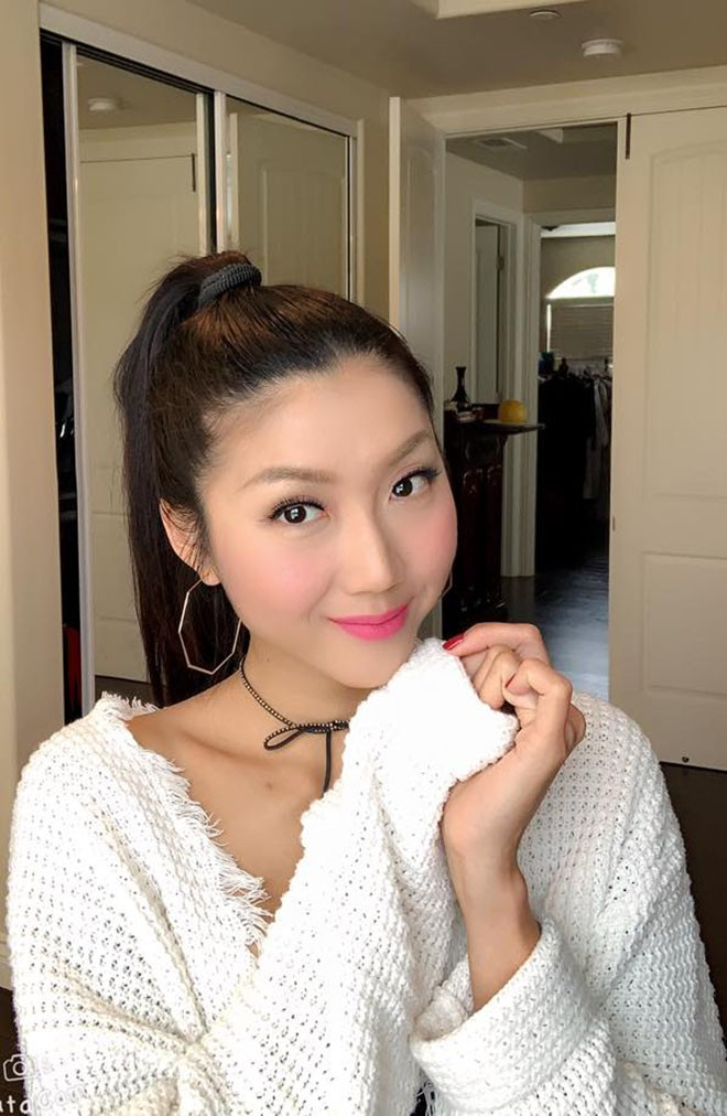 Cựu người mẫu Ngọc Quyên chăm khoe ảnh bikini gợi cảm sau khi ly hôn chồng Việt kiều - Ảnh 10.