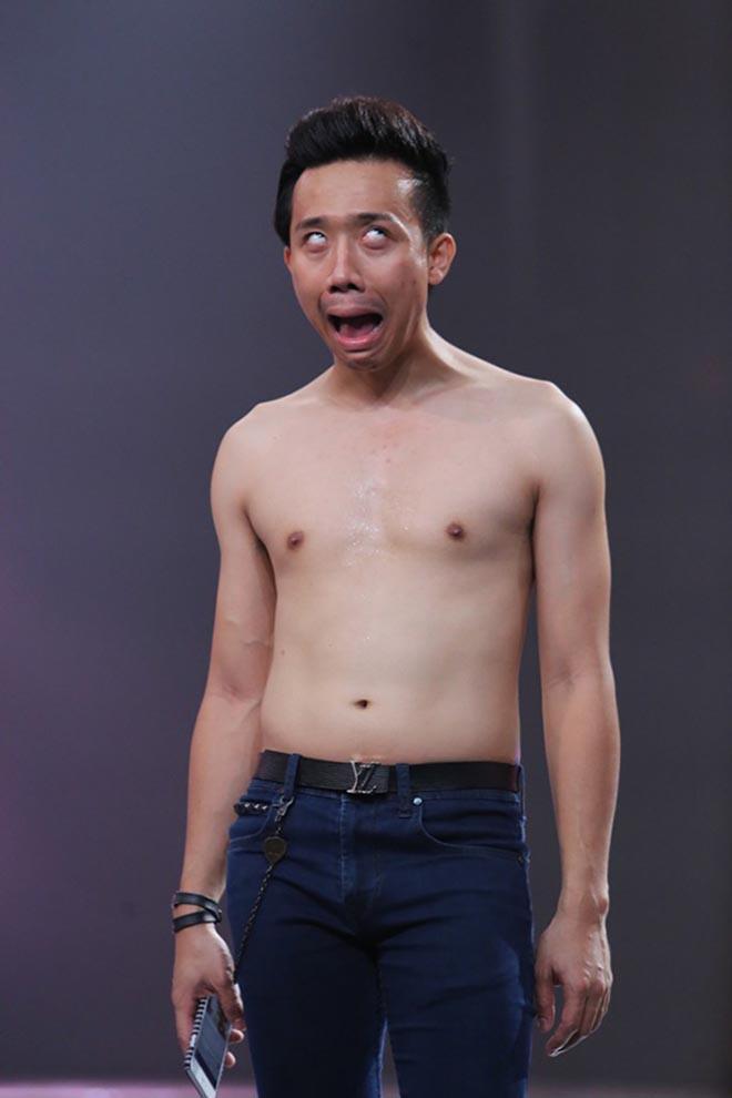 Những lần cởi áo khoe bụng hài hước của MC Trấn Thành - Ảnh 6.