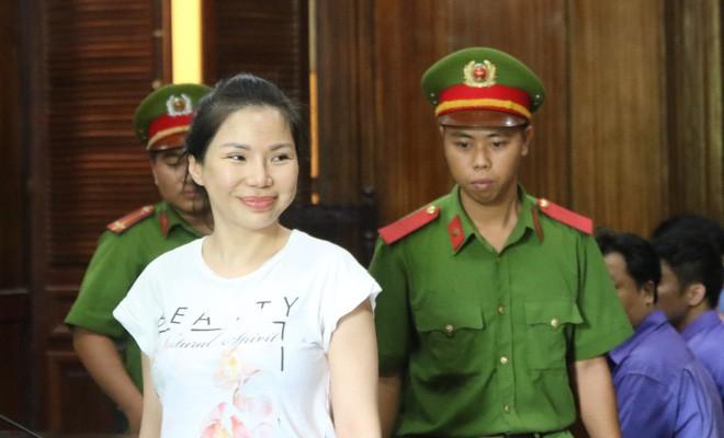 Điều tra nữ bác sĩ bí ẩn liên quan vụ chém bác sĩ Chiêm Quốc Thái - Ảnh 2.