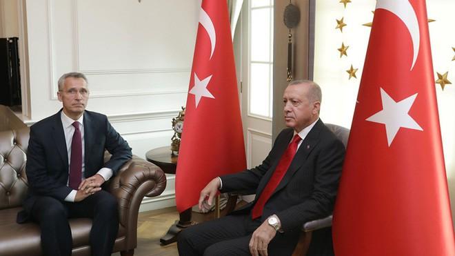 Xôi hỏng bỏng không, NATO sợ viễn cảnh Thổ Nhĩ Kỳ vừa có S-400 đã theo Nga bỏ liên minh? - Ảnh 1.