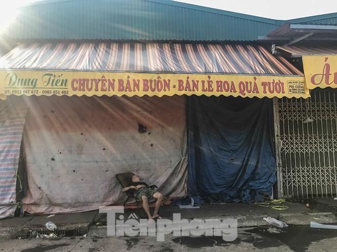 Chợ Long Biên ngày trùm bảo kê Hưng kính nhận án 48 tháng tù - Ảnh 13.