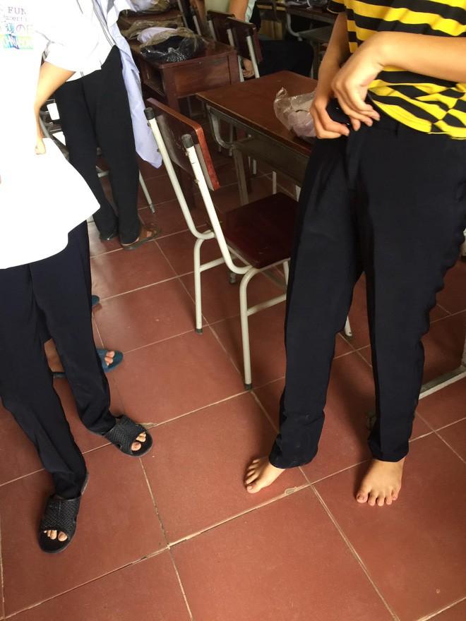 Chê khéo đồng phục trường, học sinh đua nhau share những chiếc quần ống loe thập niên 80 nhìn mà ngao ngán - Ảnh 3.