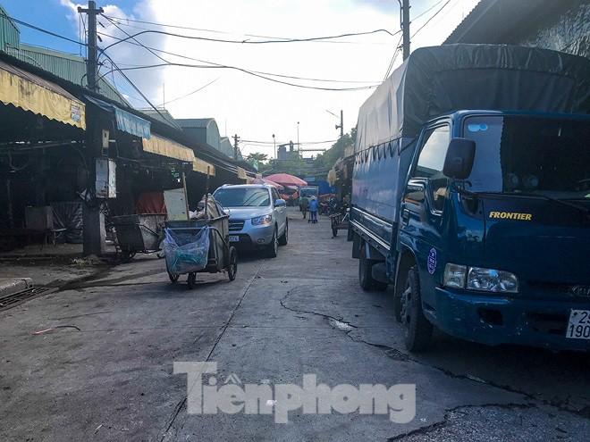 Chợ Long Biên ngày trùm bảo kê Hưng kính nhận án 48 tháng tù - Ảnh 7.