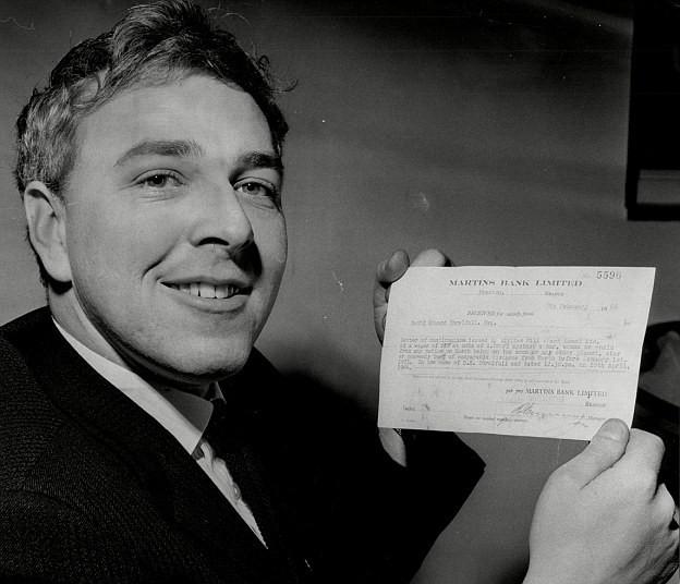 Người đàn ông làm giàu bằng Mặt Trăng: Thắng cược 24.000 USD khi tin rằng con người sẽ đặt chân lên nhà Chị Hằng - Ảnh 4.