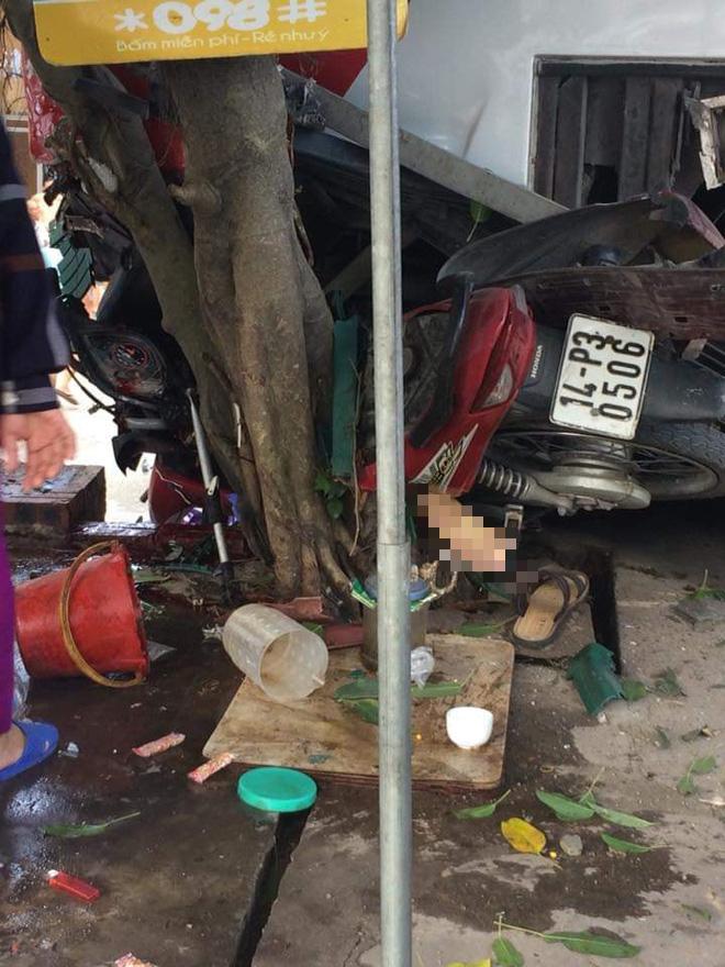 Cận cảnh hiện trường vụ tai nạn khiến 5 người thương vong ở Quảng Ninh - Ảnh 6.
