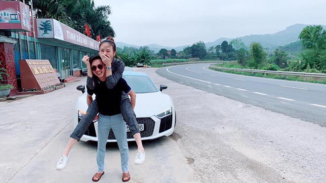 Vẻ gợi cảm và cuộc sống sang chảnh của Đàm Thu Trang trước ngày làm vợ Cường Đô La - ảnh 3