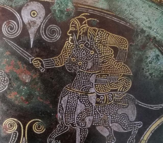 Vì sao Tôn Ngộ Không đội mũ có lông vũ dài? Đáp án liên quan đến cả Lã Bố thời Tam Quốc - Ảnh 6.