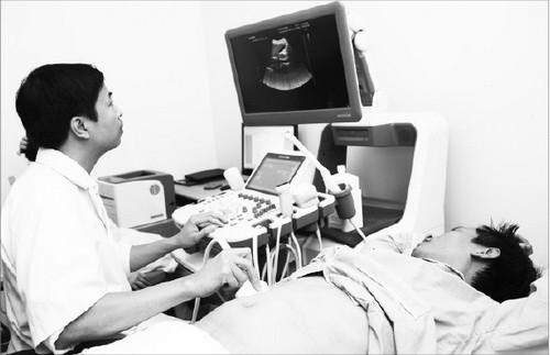 Cần phát hiện sớm các chứng bệnh viêm gan - Ảnh 1.