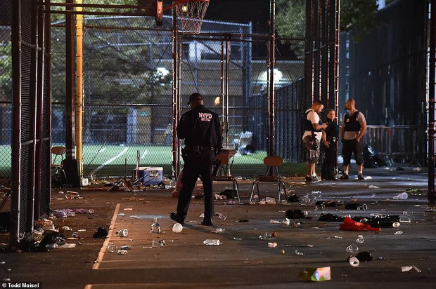 Bị bắn trong vụ xả súng, nữ sinh may mắn thoát chết nhờ áo ngực cản phá đạn - Ảnh 5.